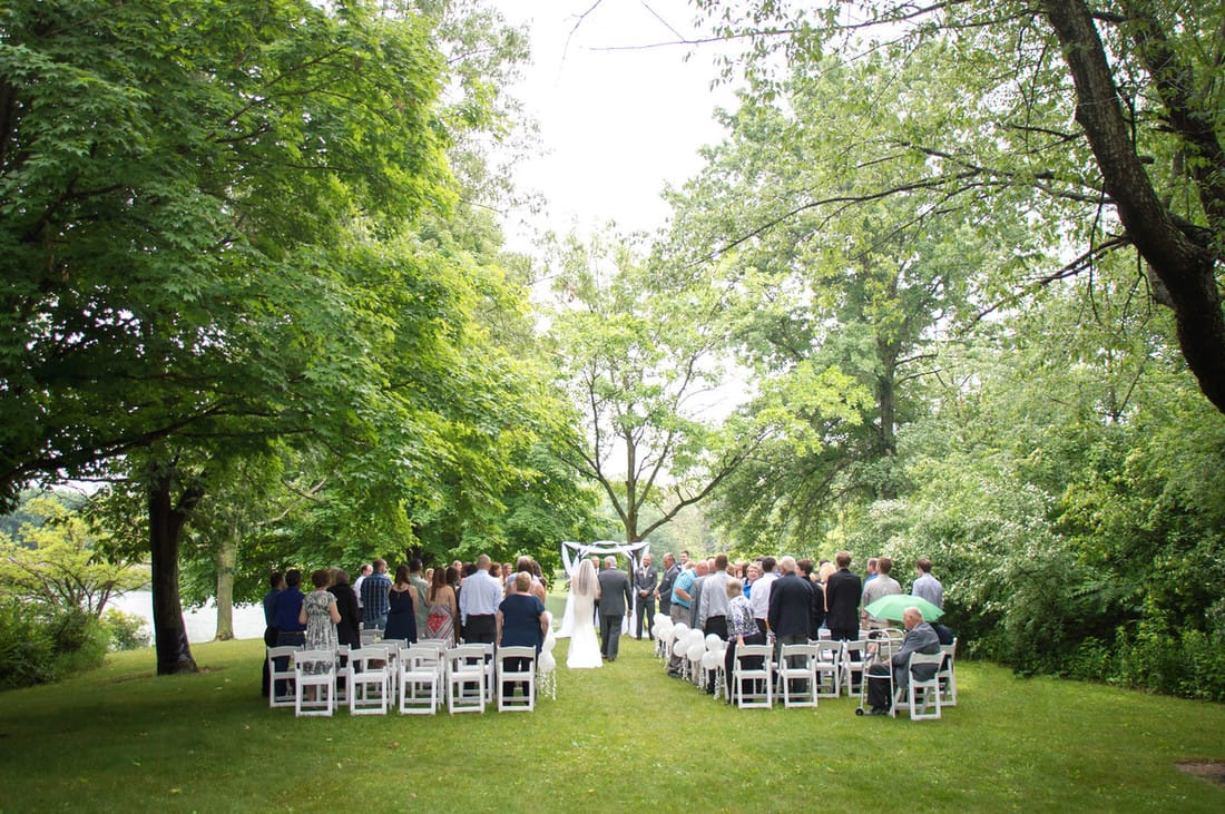 belinda and dylan wedding in homer il 10 000 words photography